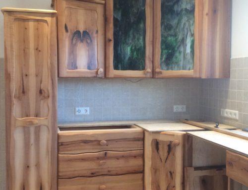 Küche mit Oberschrank aus Murano-Glas