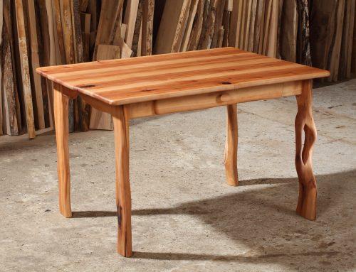 Tisch aus Elsbeere