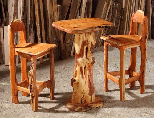 Stehtisch und Stühle aus Eibe