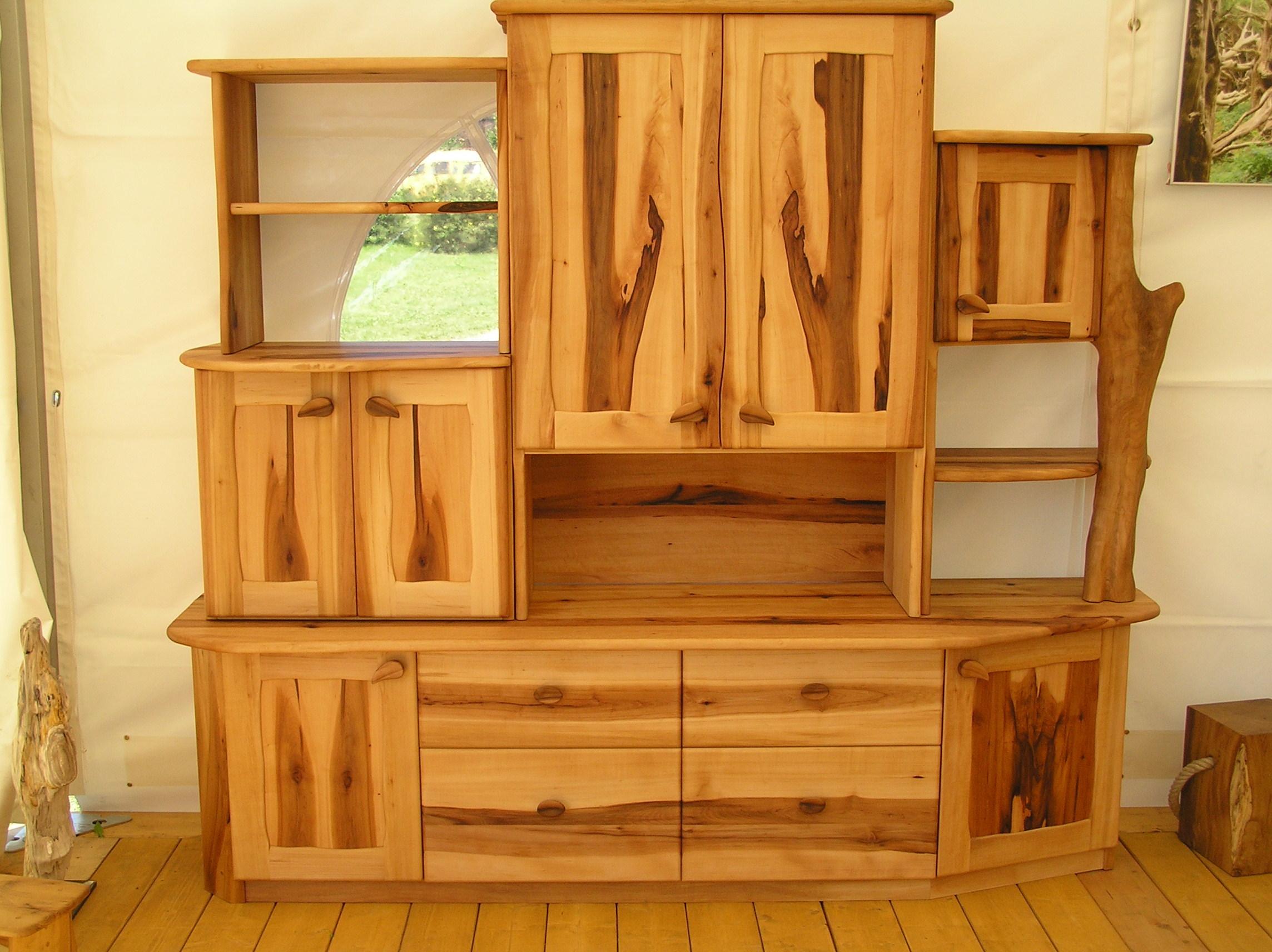 Wohnzimmer-Schrank aus Elsbeere - Urholz - Möbel aus ...